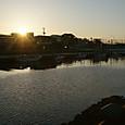朝の新井田川