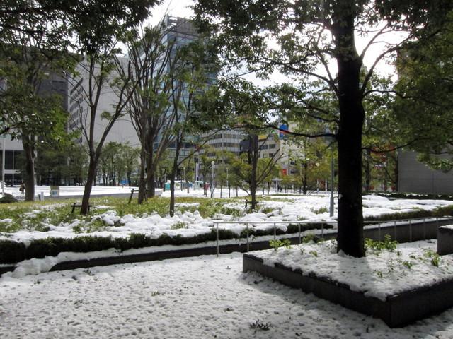 雪の品川駅周辺6