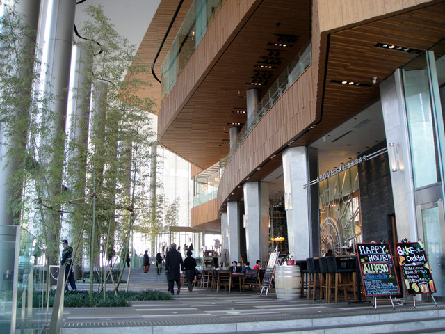 虎ノ門ヒルズ1階