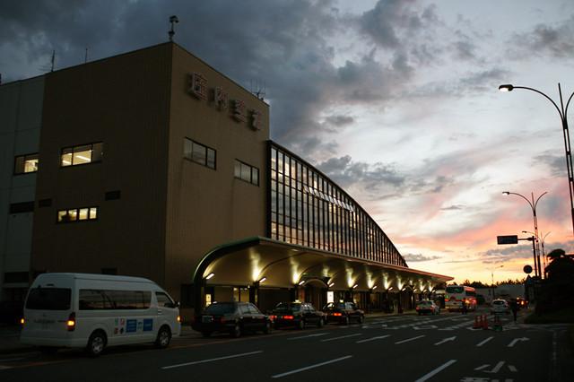 夕暮れの庄内空港